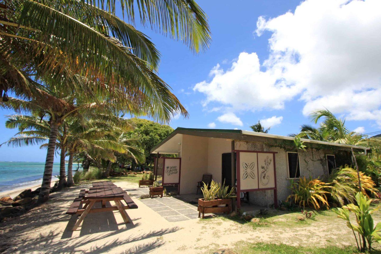 Rarotonga beach house studios